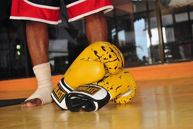 Cómo limpiar guantes de box